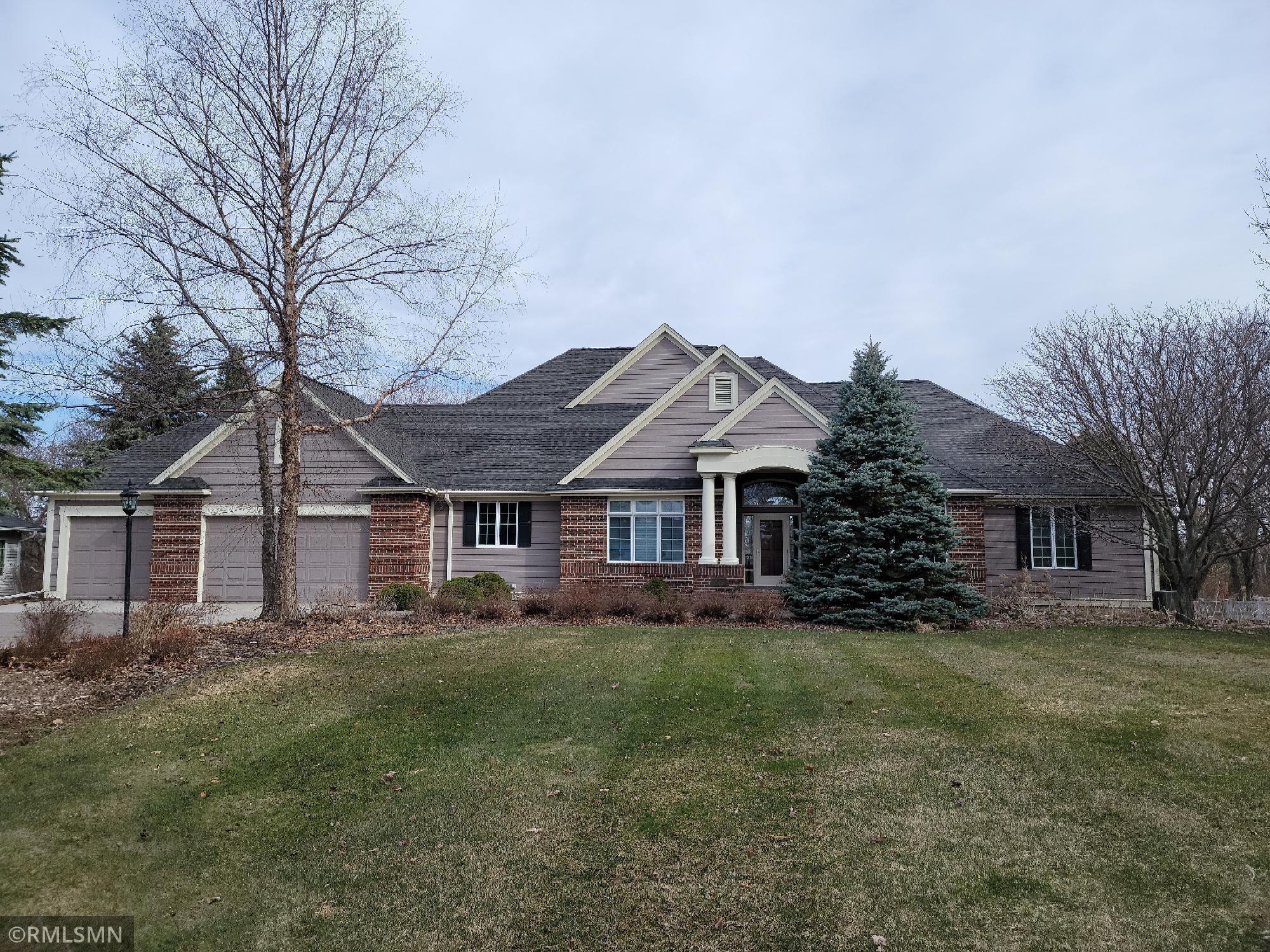 2579 Golf View Drive Property Photo