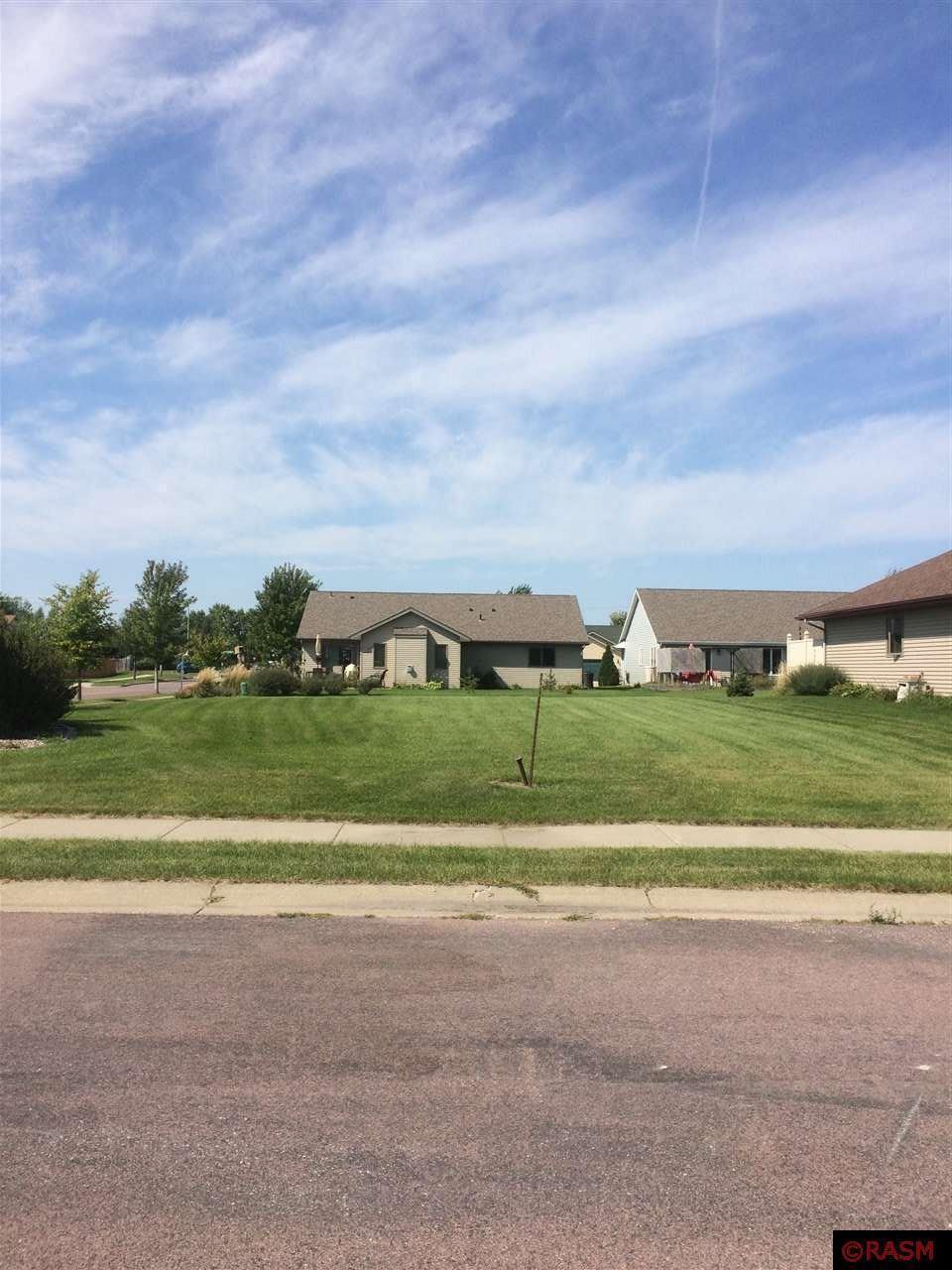 329 Copper Village Circle Property Photo - Mankato, MN real estate listing