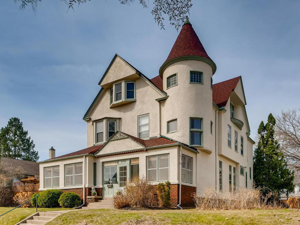 2552 Colfax Avenue S Property Photo