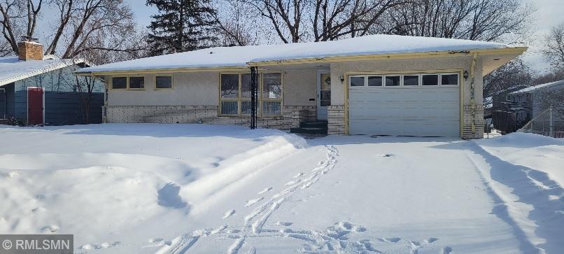 4342 Ewing Avenue N Property Photo