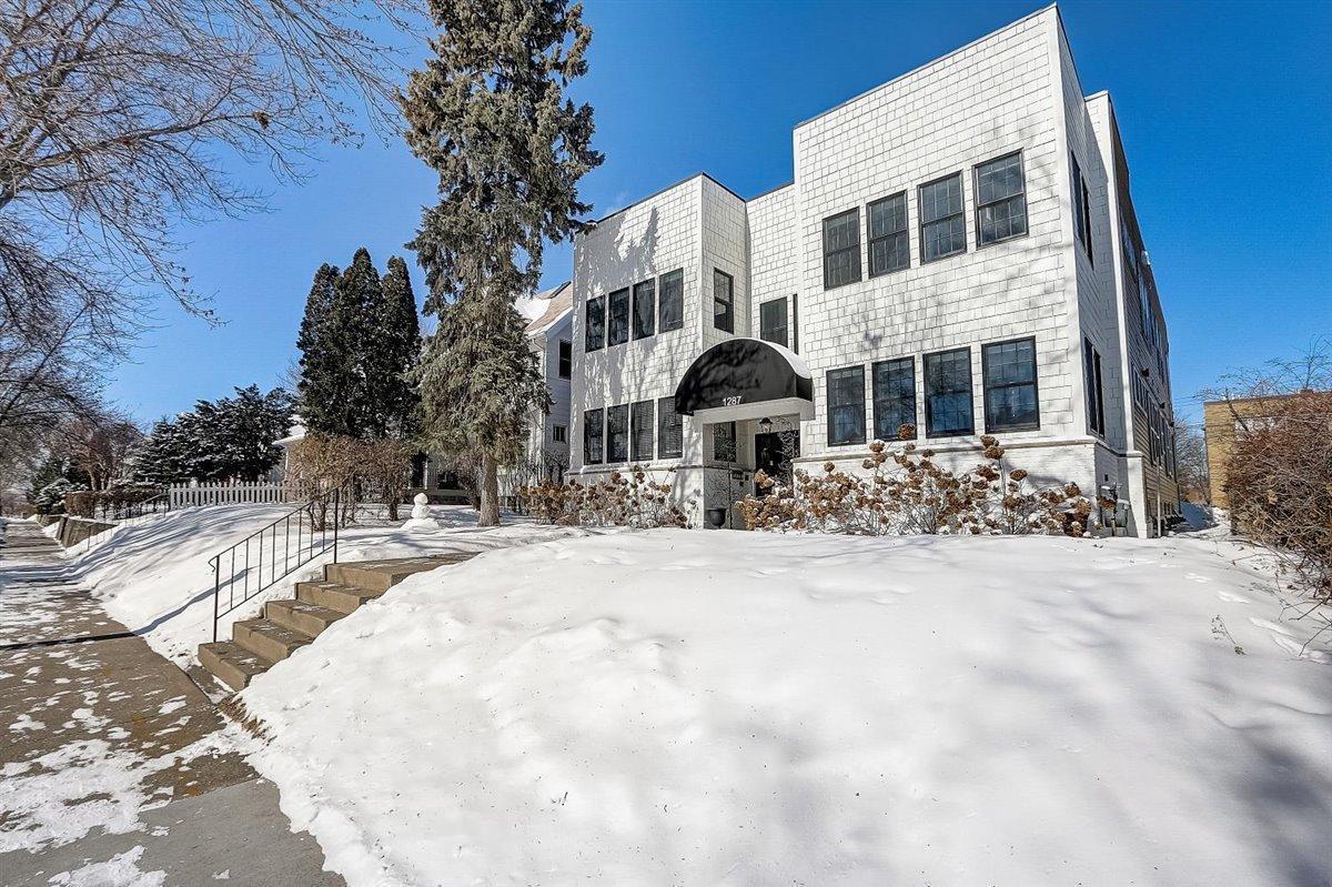 1287 Dayton Avenue Property Photo
