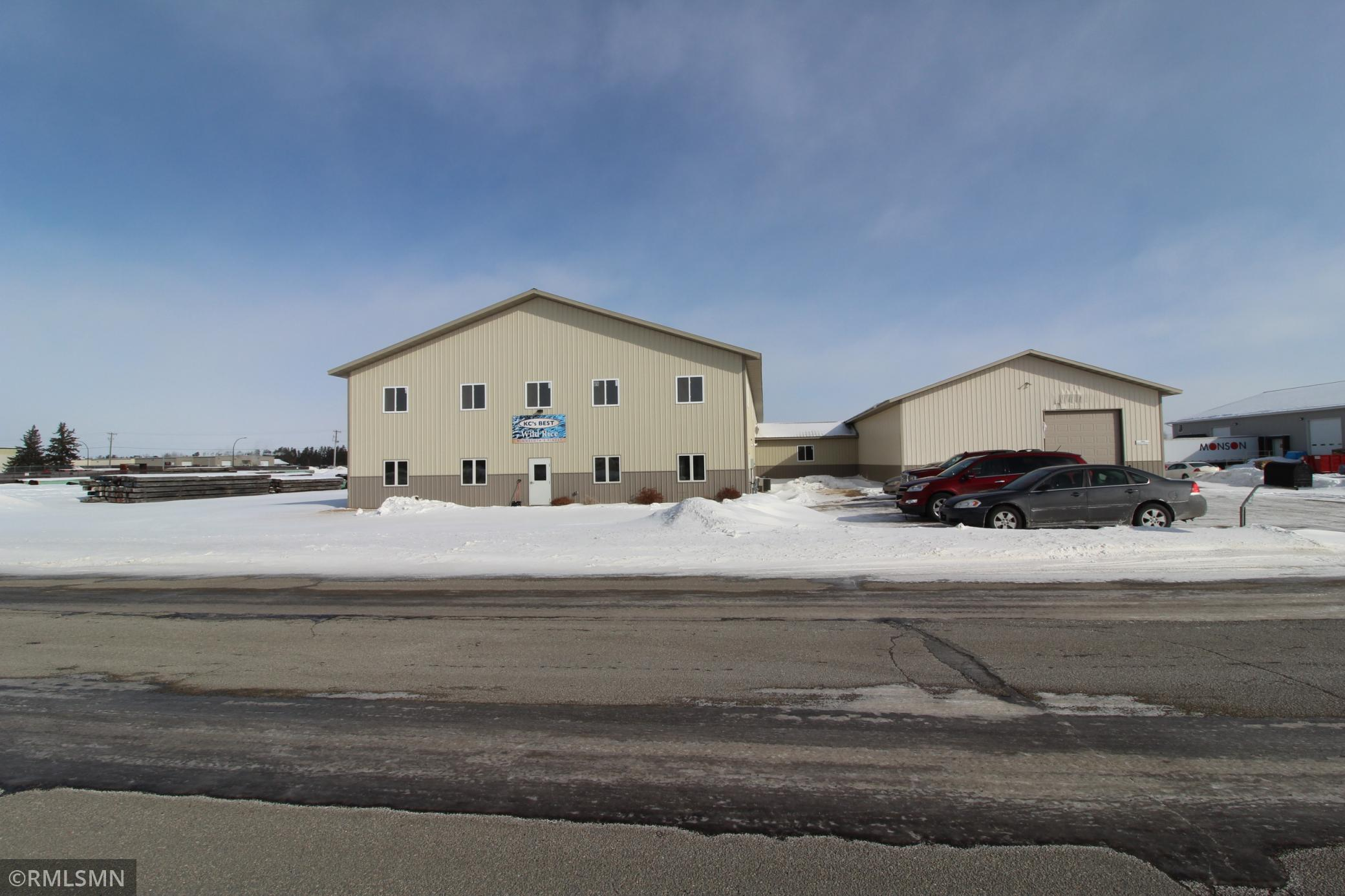 1211 Industrial Park Drive Se Property Photo