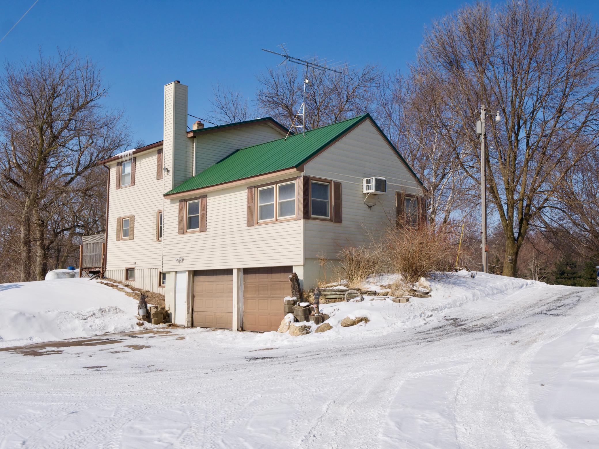 2063 White Bridge Road Nw Property Photo