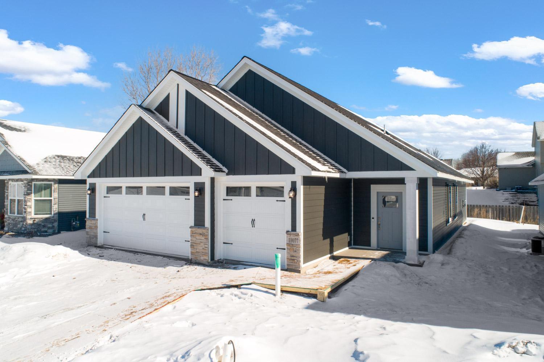 31643 Newport Curve Property Photo