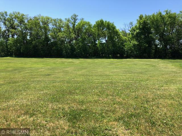1326 Cedar Lane Property Photo - Litchfield, MN real estate listing