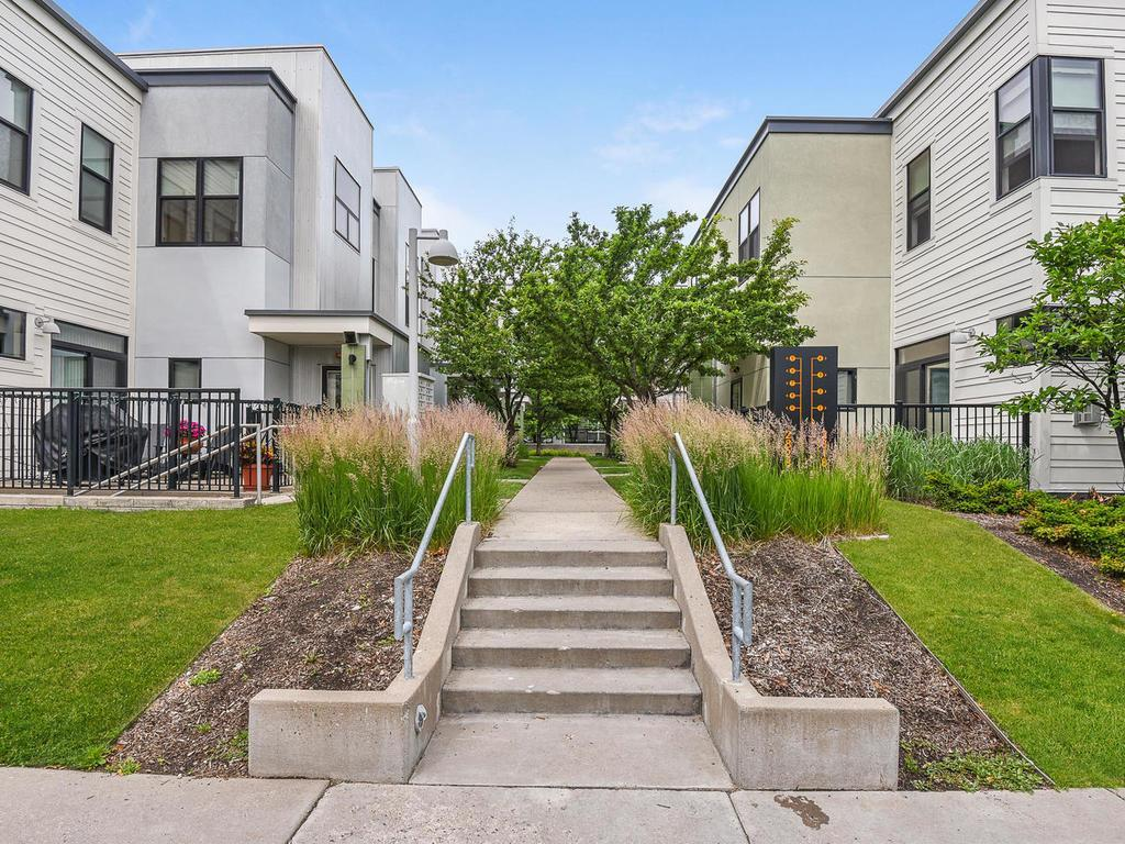2828 Aldrich Avenue S #108 Property Photo