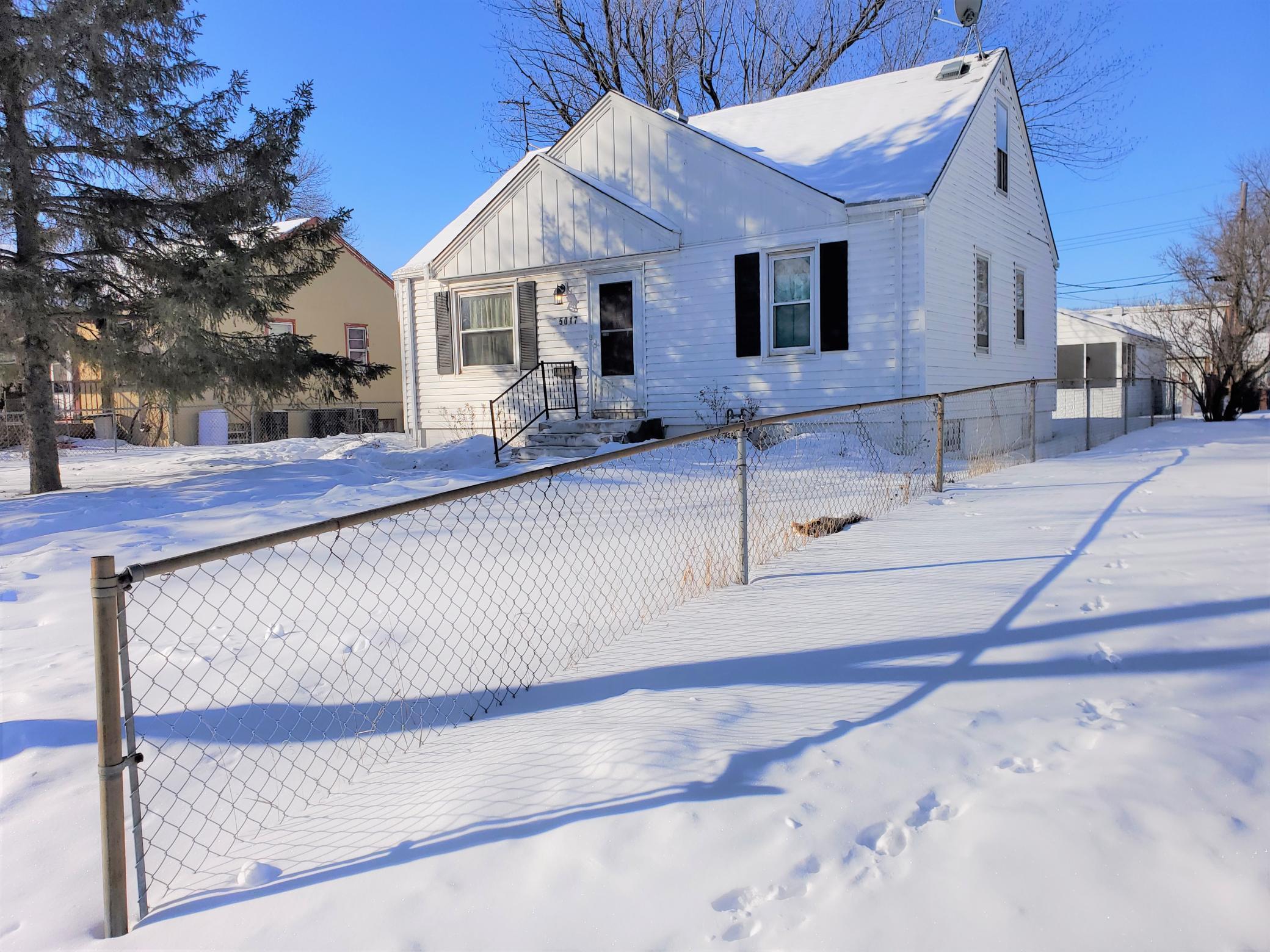 5017 6th Street N Property Photo