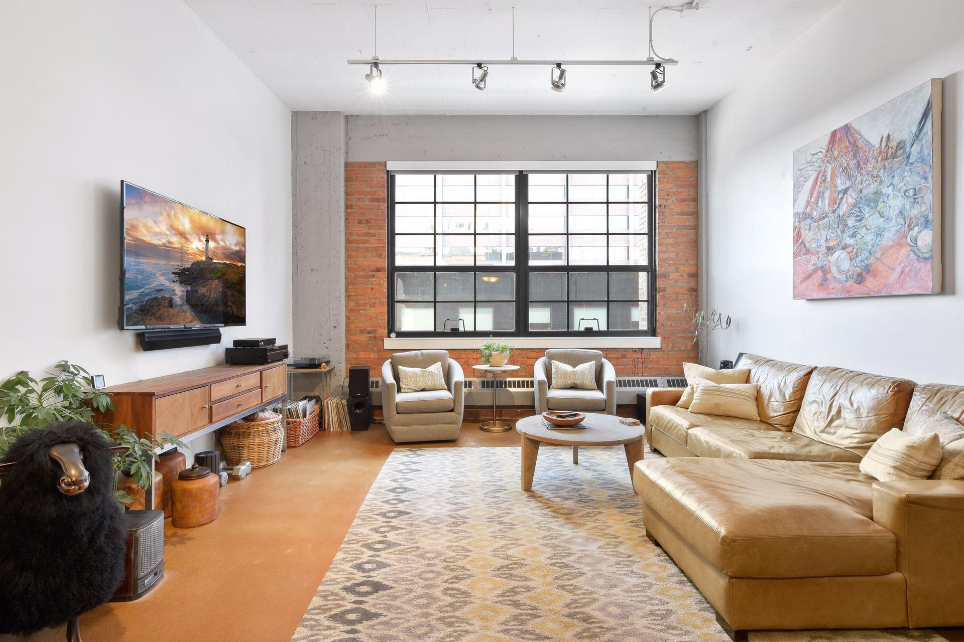 250 Park Avenue #404 Property Photo