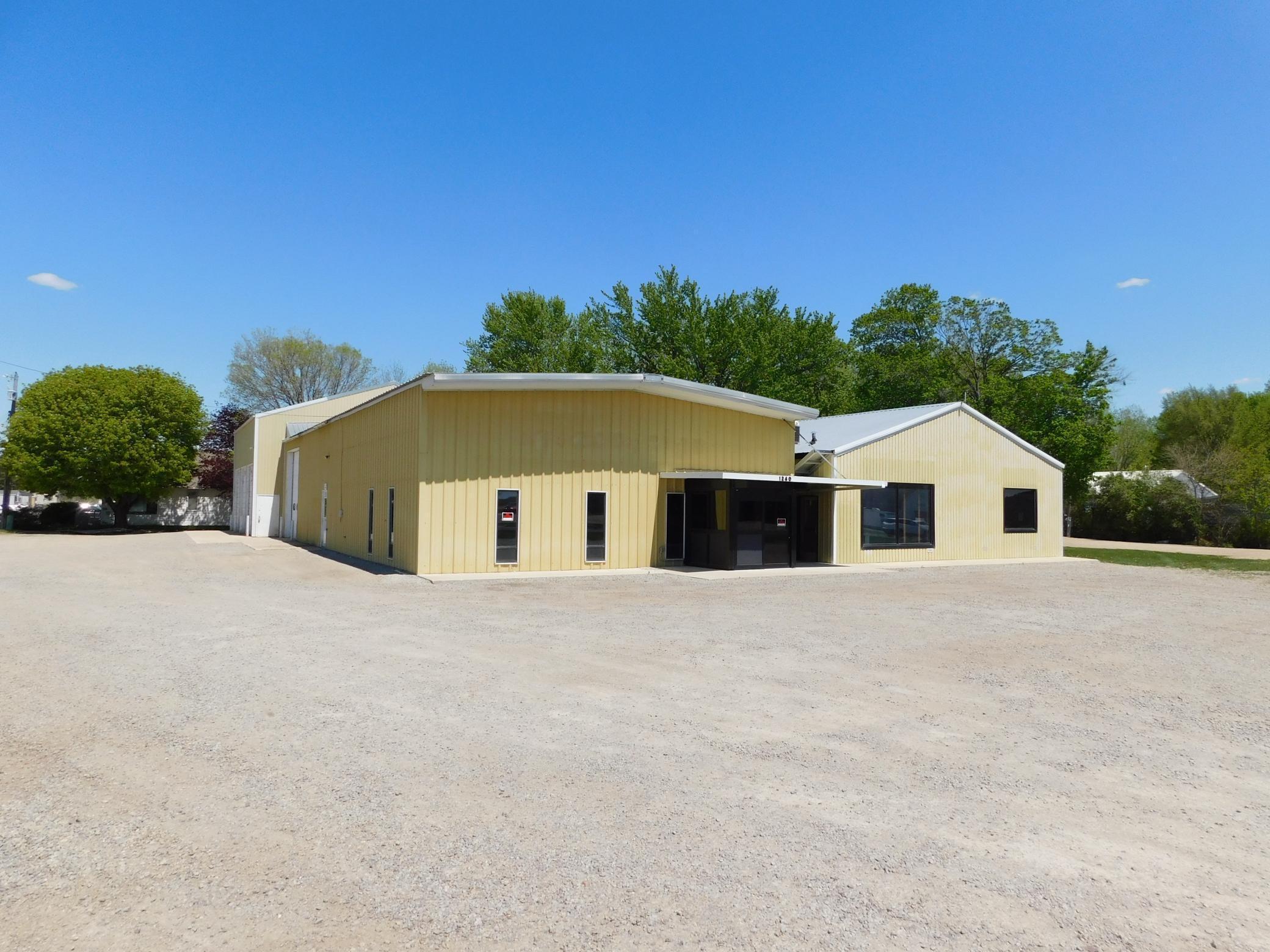 1240 Lake Avenue Property Photo - Fairmont, MN real estate listing