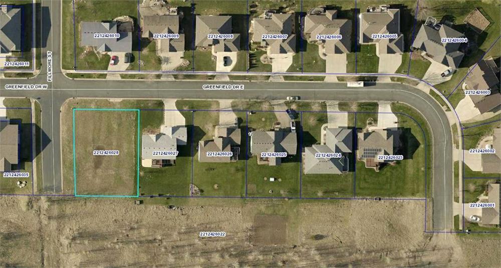 2204 Greenfield Drive E Property Photo - Northfield, MN real estate listing