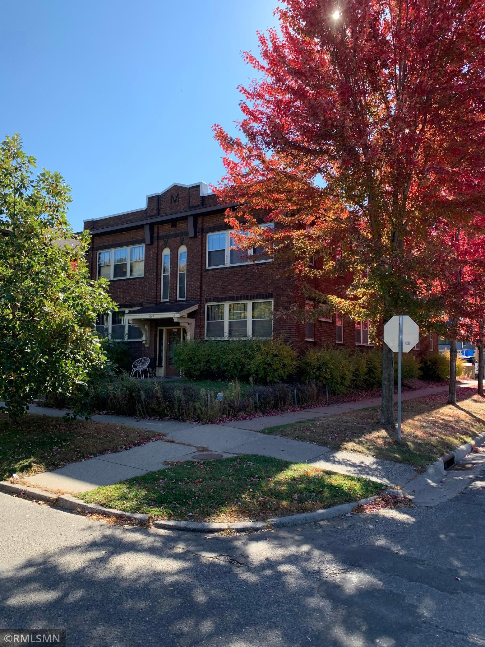 1664 Selby Avenue Property Photo