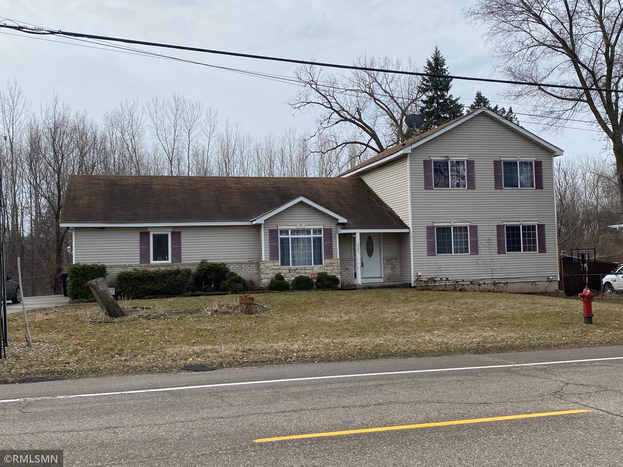 170 County Road B E Property Photo