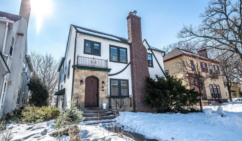 1441 W 35th Street Property Photo