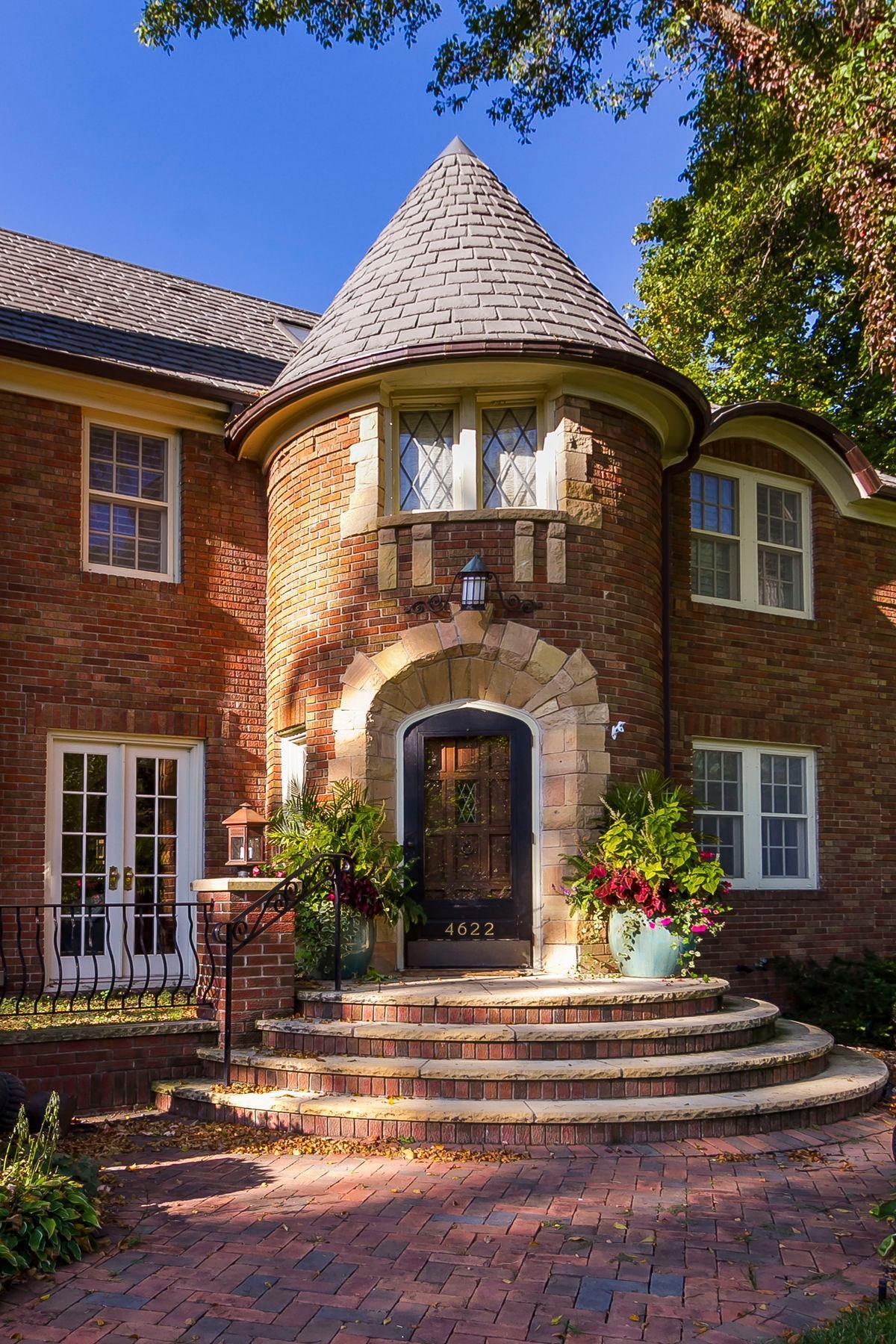 4622 Moorland Avenue Property Photo