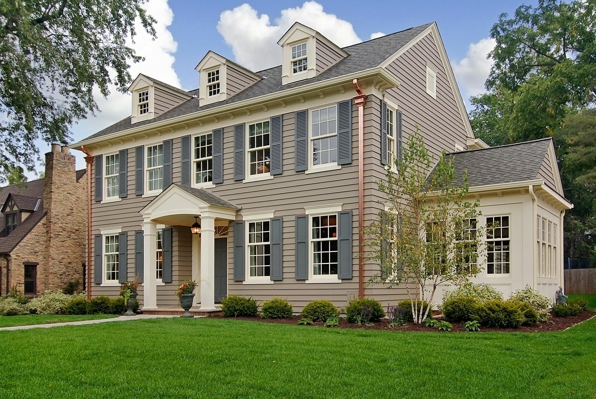 4615 Wooddale Avenue Property Photo