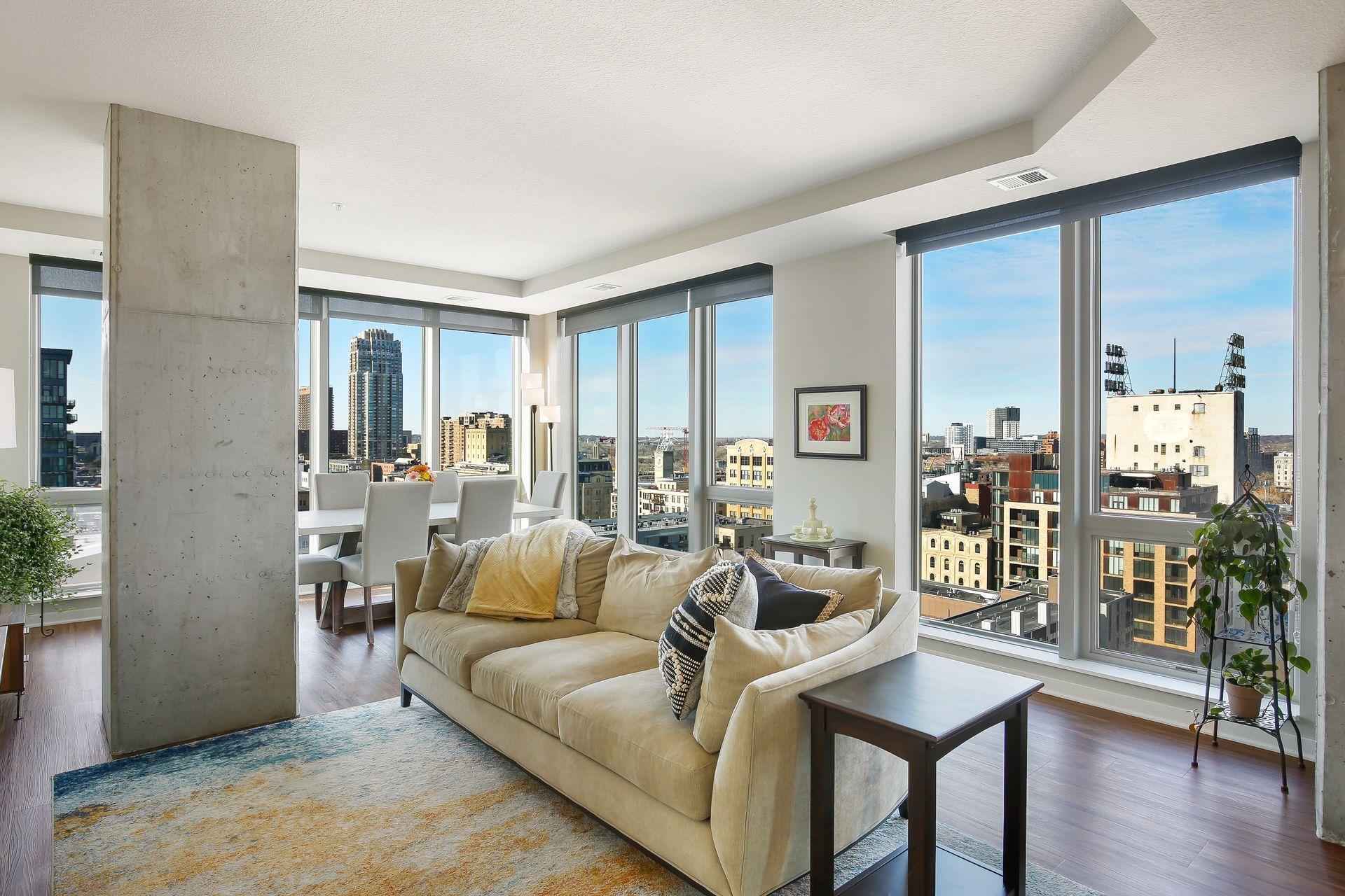 811 Washington Avenue S #1502 Property Photo