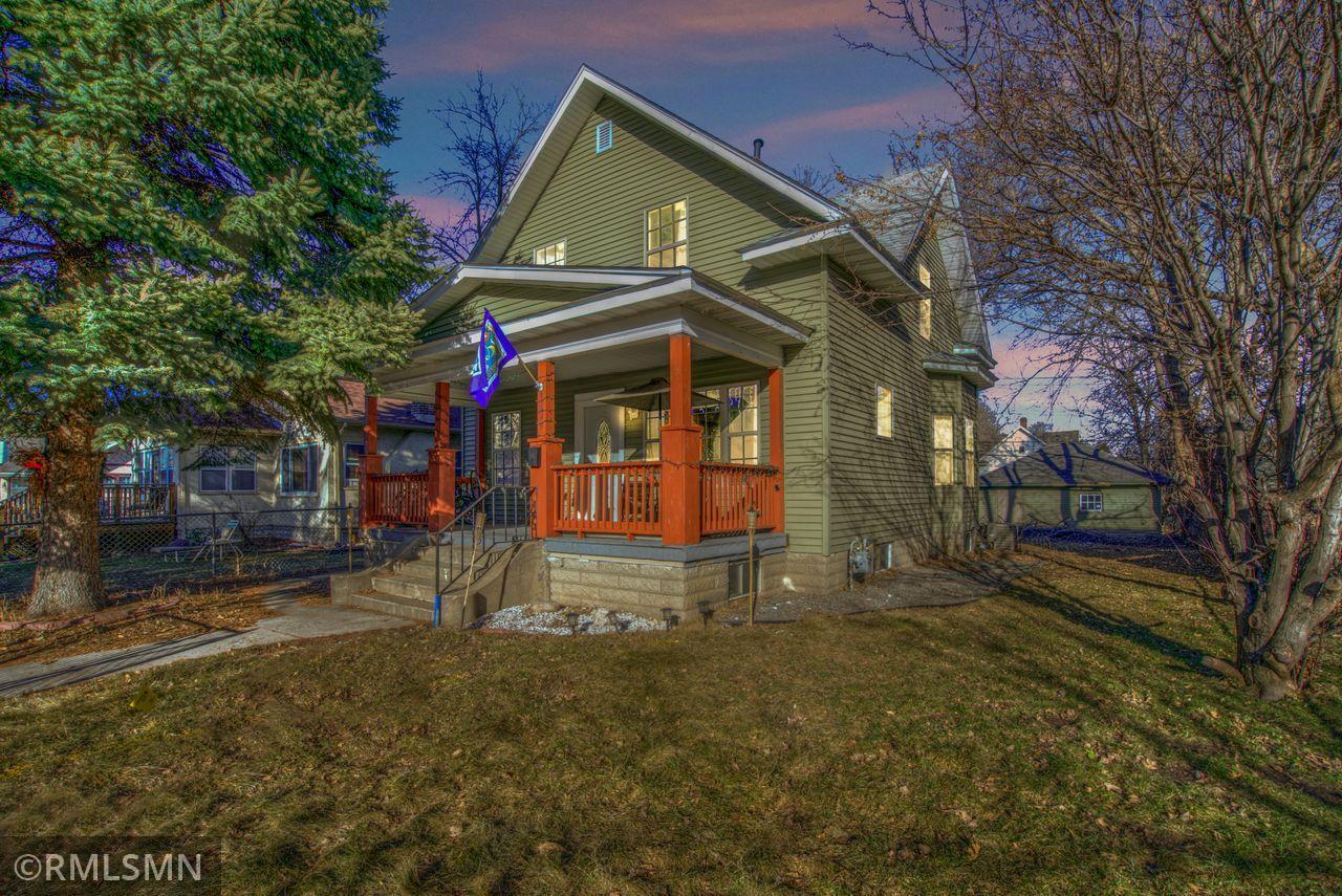 1626 Newton Avenue N Property Photo