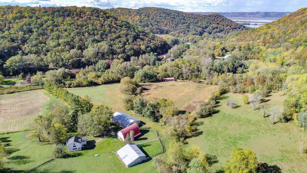 36415 Homer Valley Lane Property Photo - Winona, MN real estate listing
