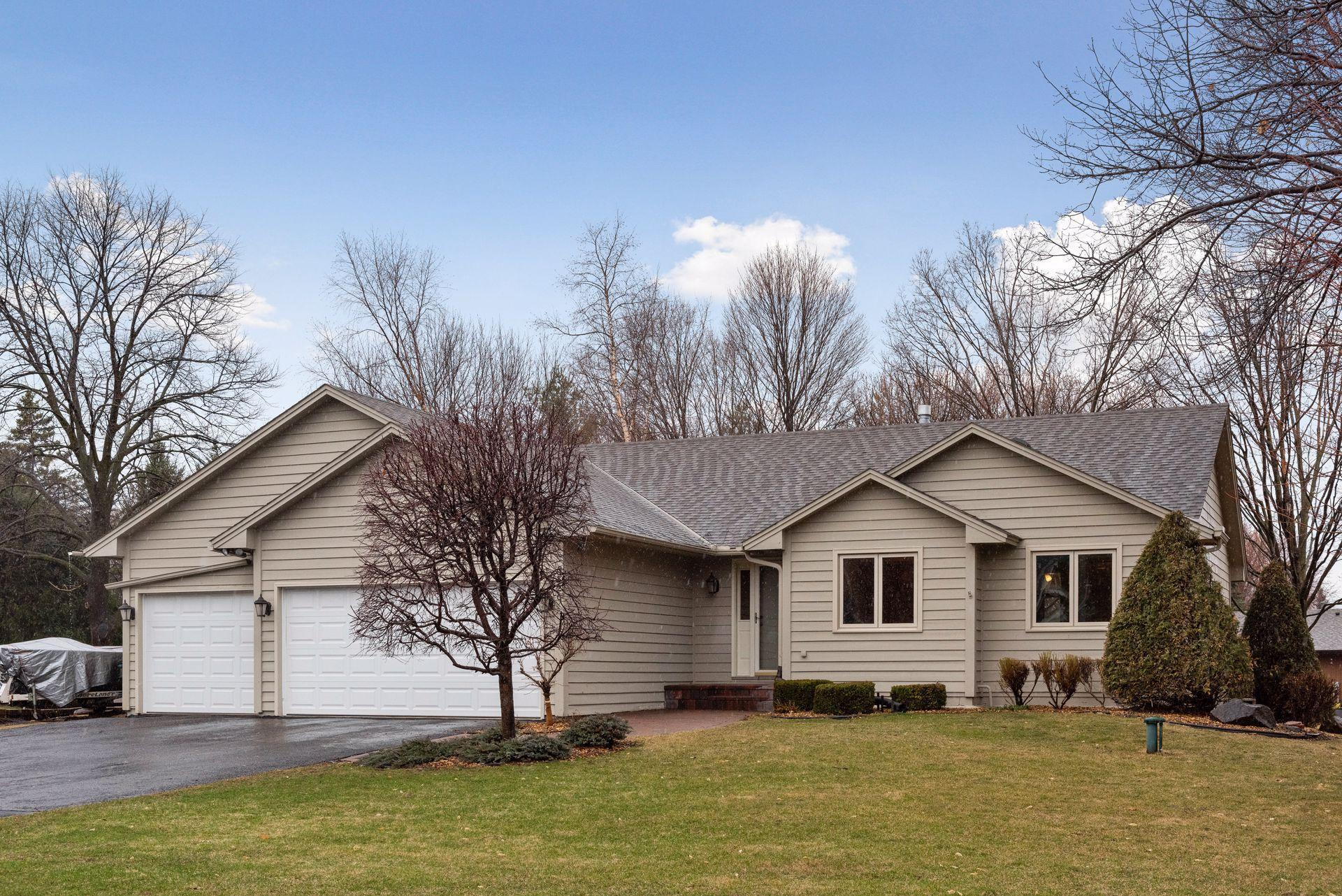 9820 Crestwood Terrace Property Photo