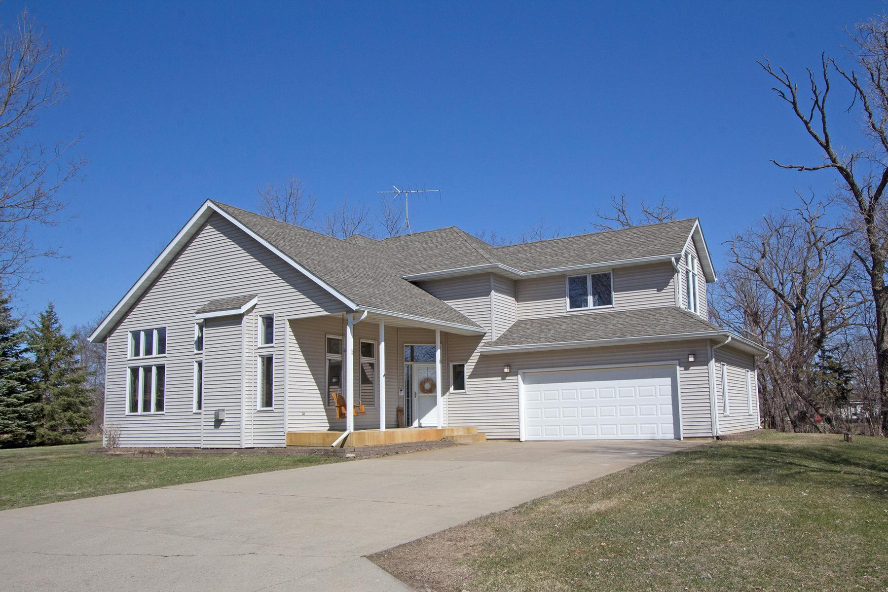 5479 Deerwood Drive Property Photo