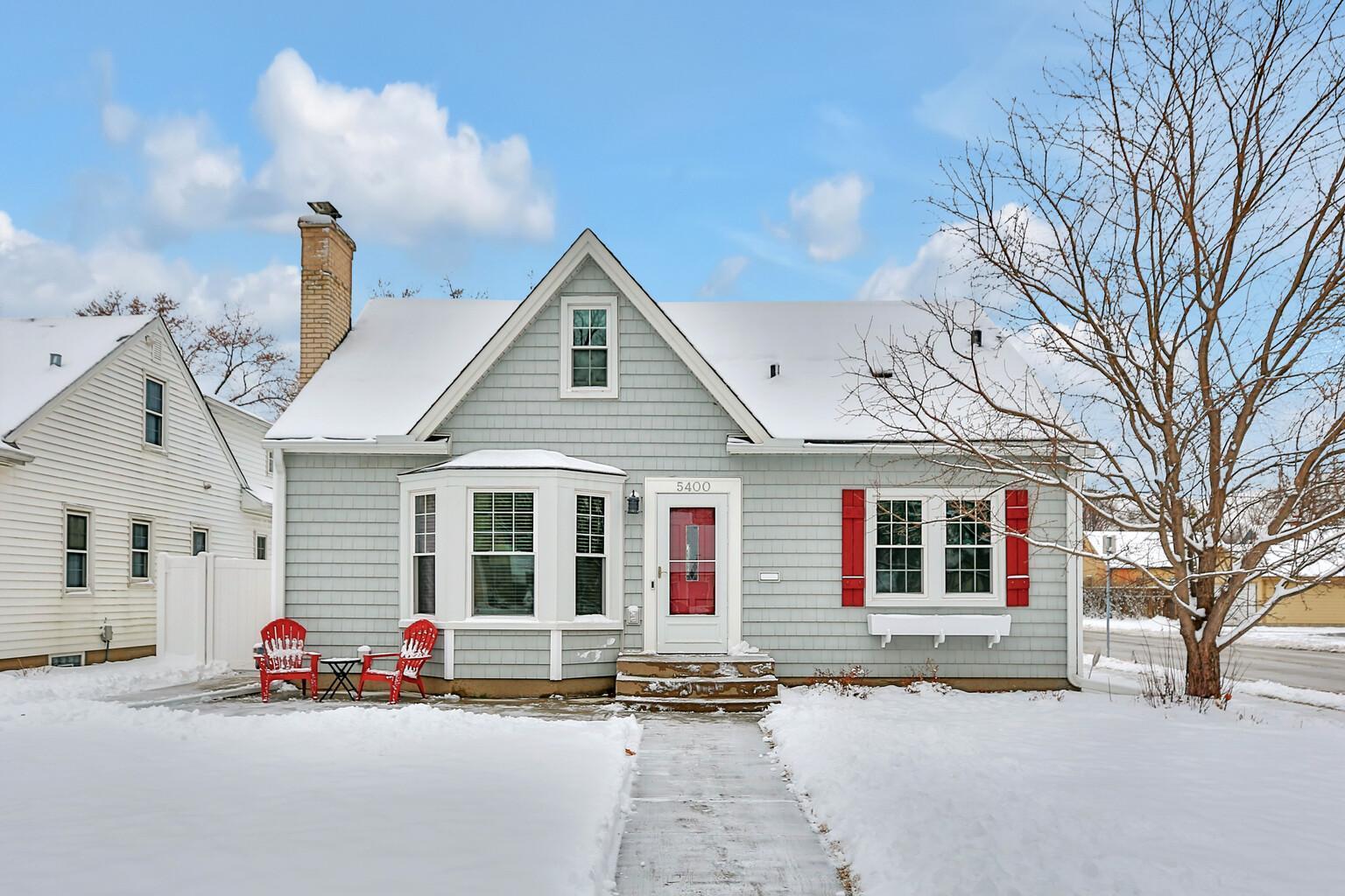 5400 Knox Avenue S Property Photo