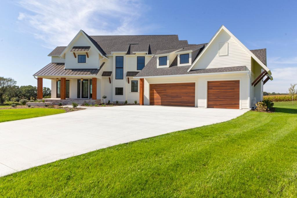 2949 Alderock Lane SW Property Photo - Rochester, MN real estate listing