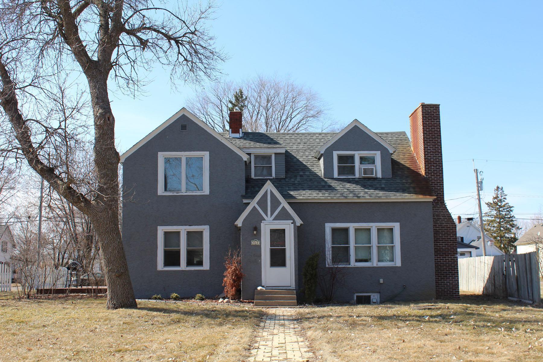 412 3rd Street Se Property Photo