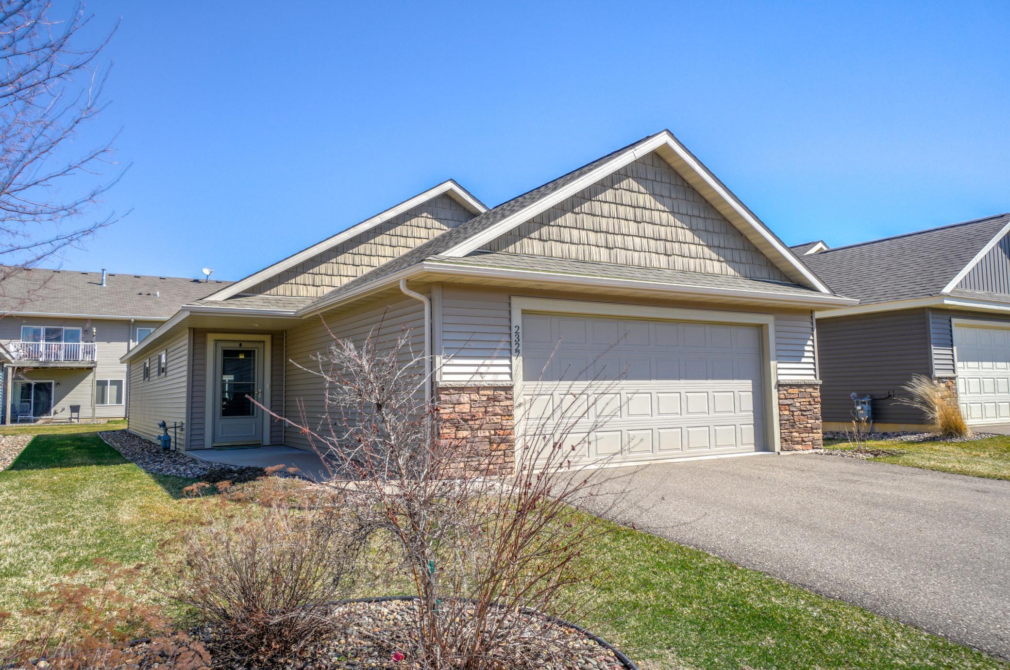 2327 Rangeview Lane Property Photo