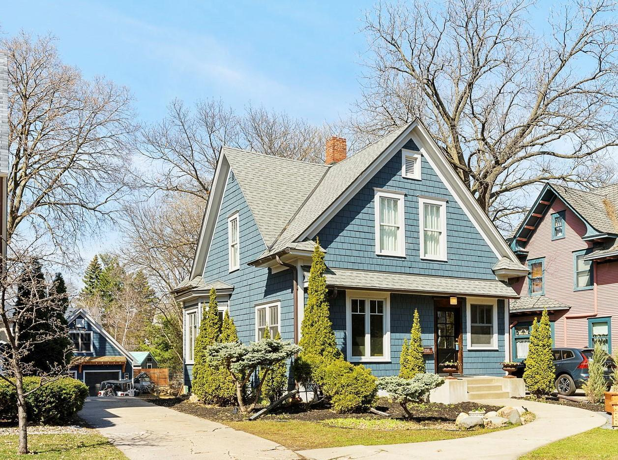 4116 Sheridan Avenue S Property Photo