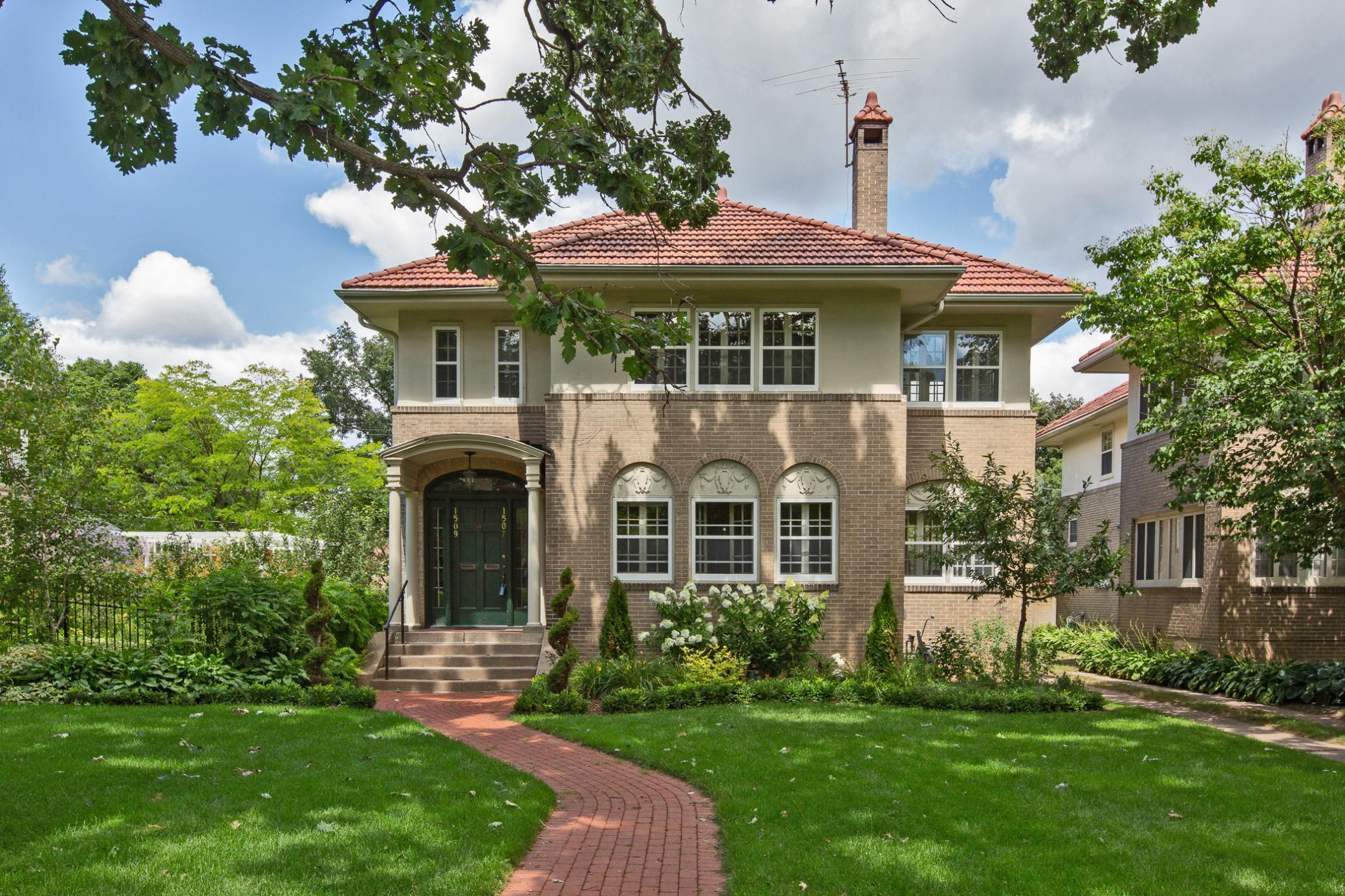 1507 Summit Avenue Property Photo