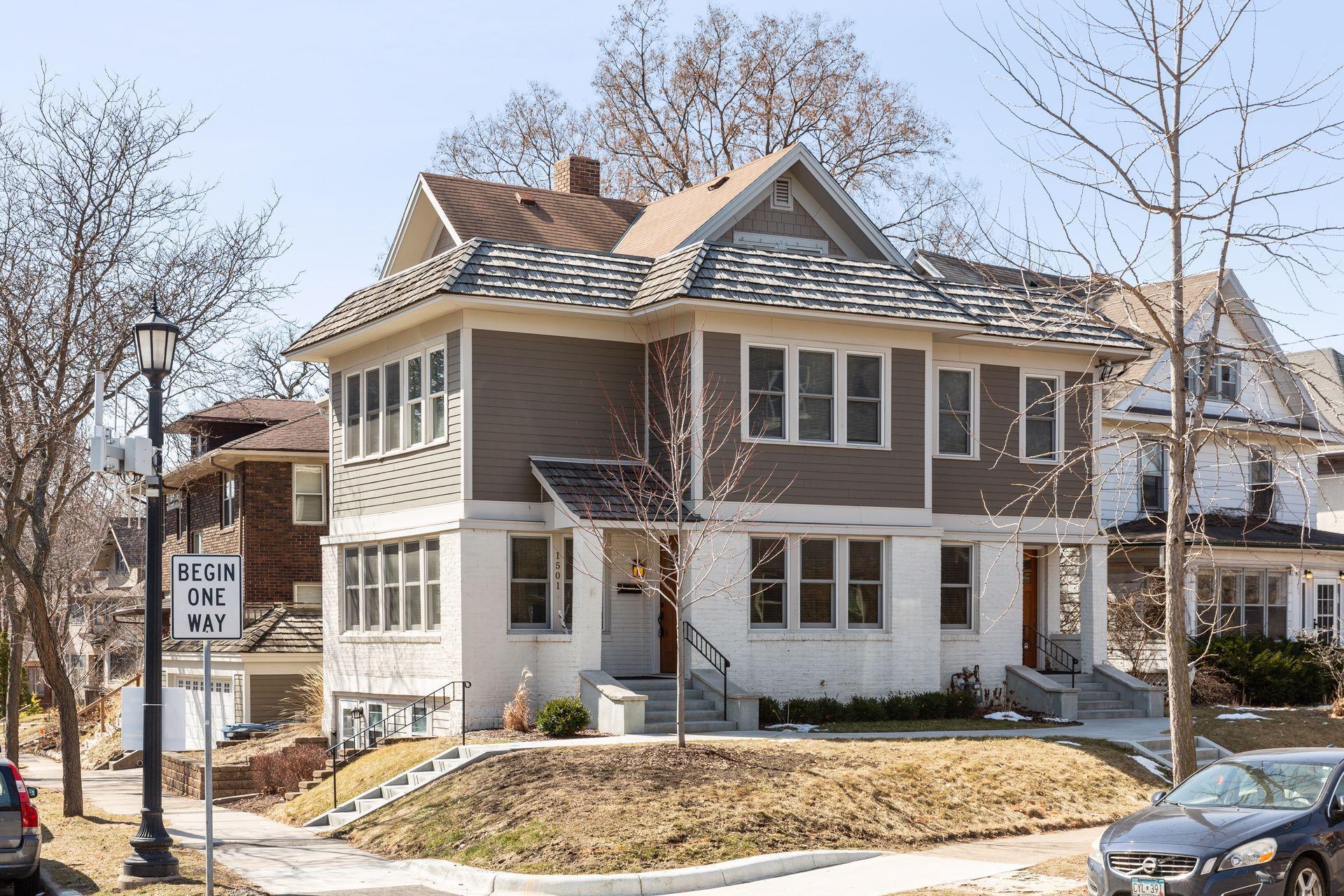 1501 W 28th Street Property Photo