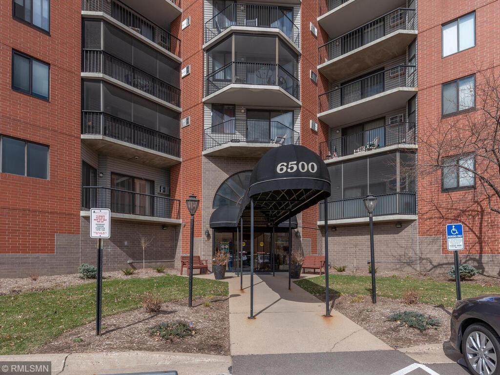6500 Woodlake Drive #306 Property Photo