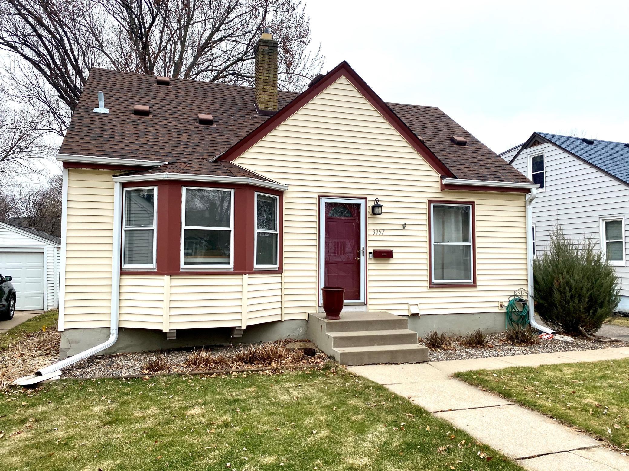 3957 Zarthan Avenue S Property Photo