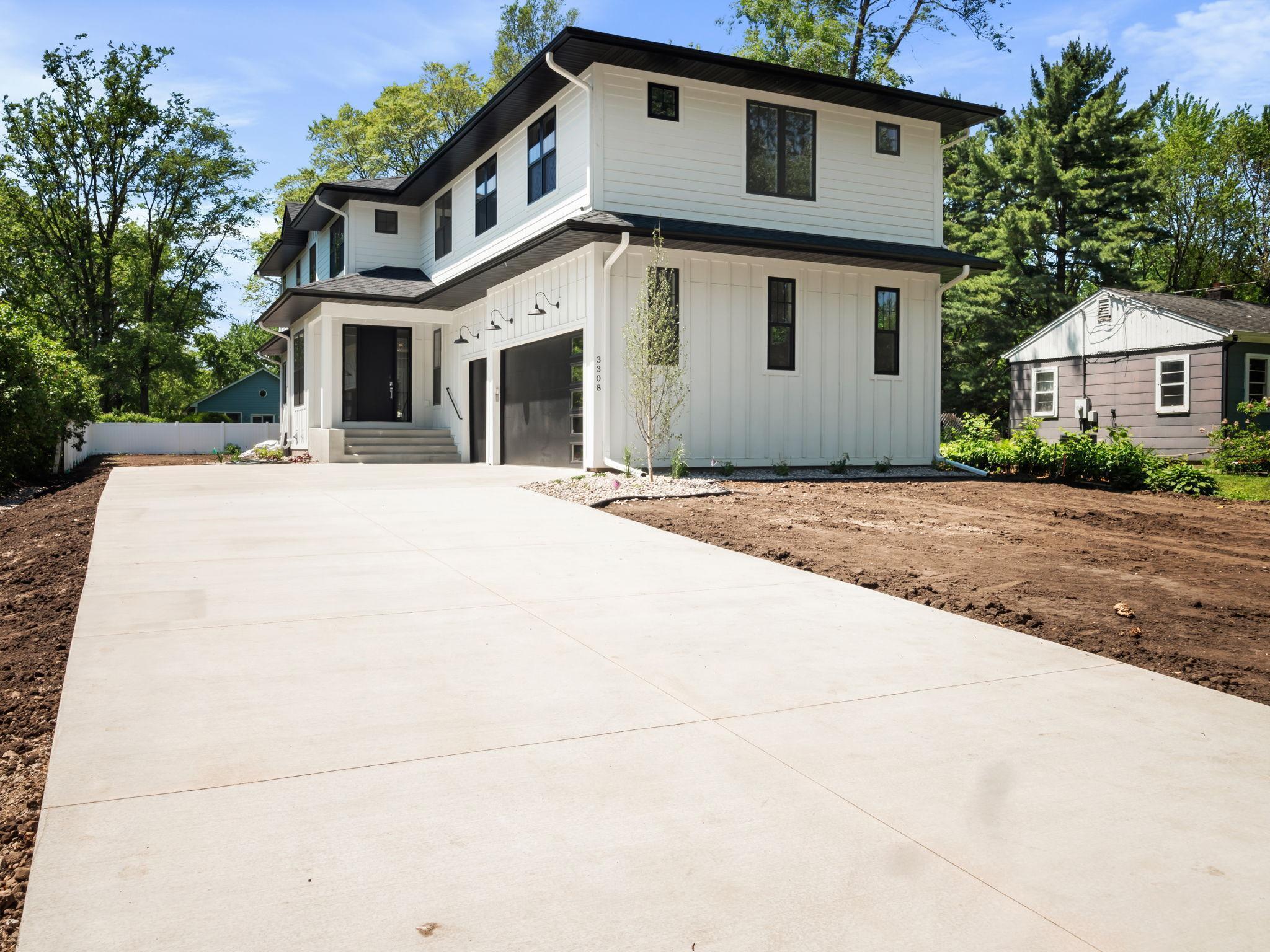 3308 Highland Avenue Property Photo