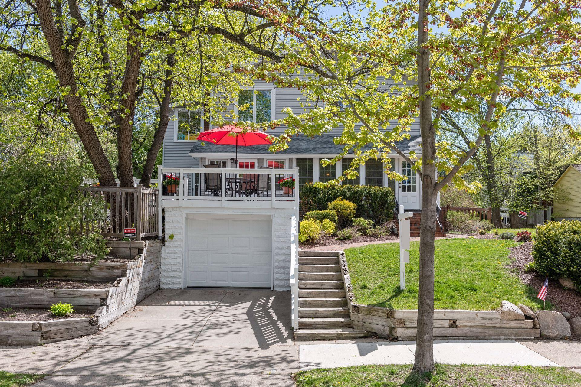 3925 Upton Avenue S Property Photo