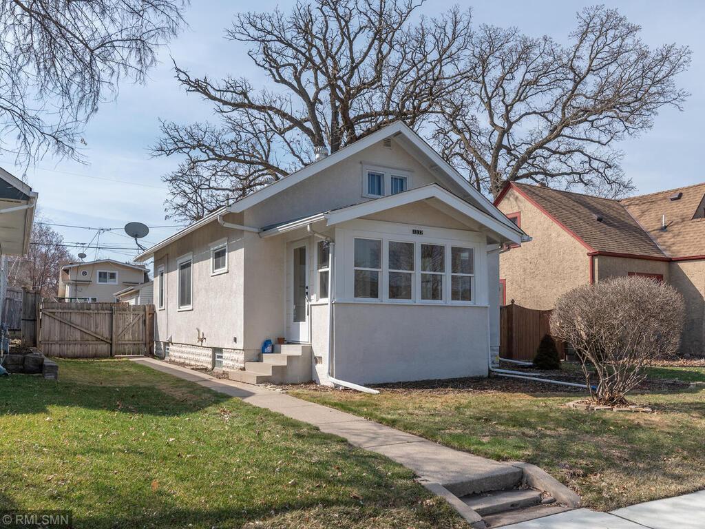 1332 Hartford Avenue Property Photo