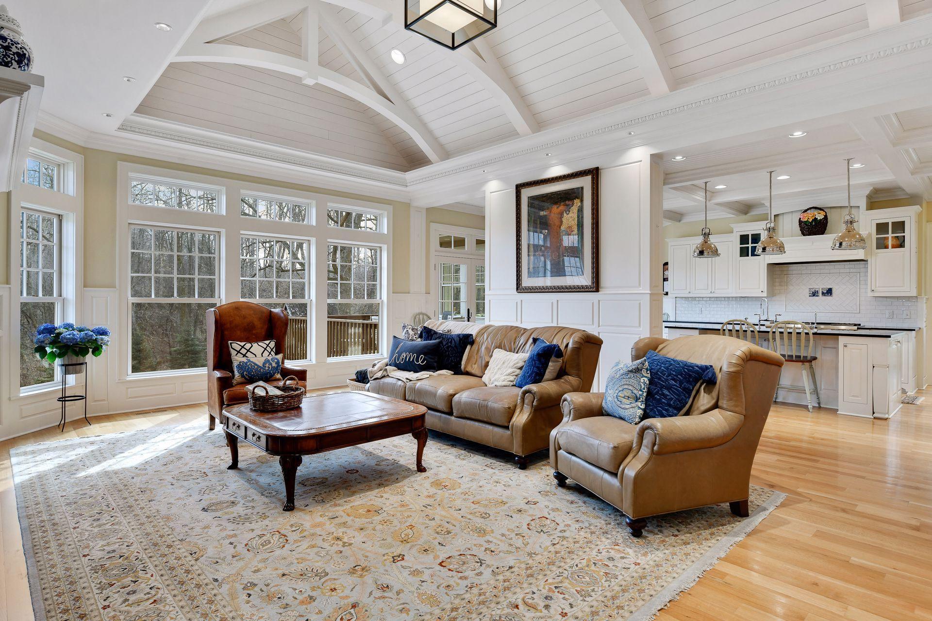 460 E Long Lake Road E Property Photo 1