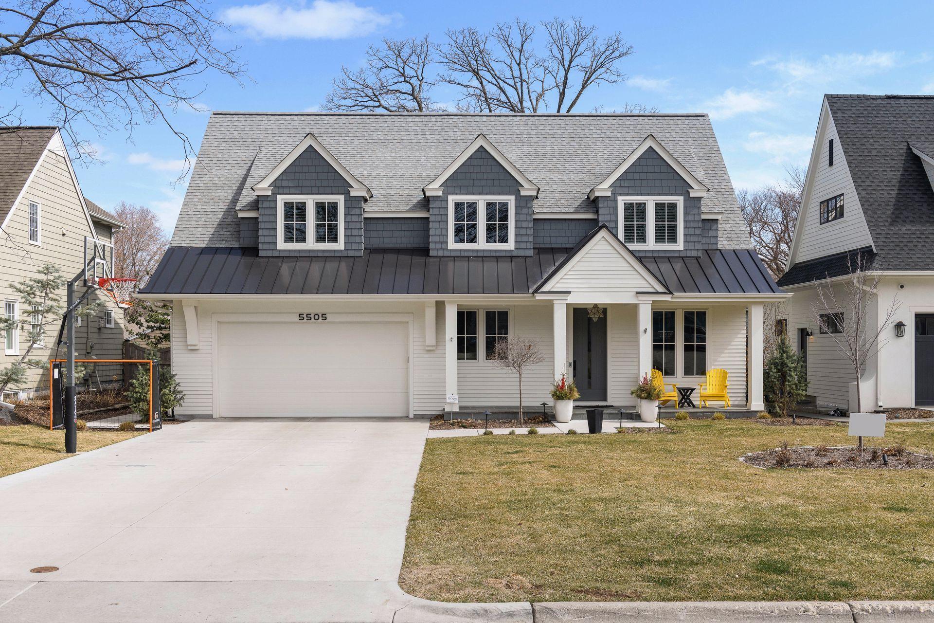 5505 Kellogg Avenue Property Photo