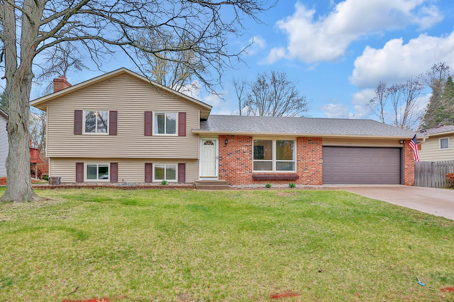 1001 Northland Avenue Property Photo