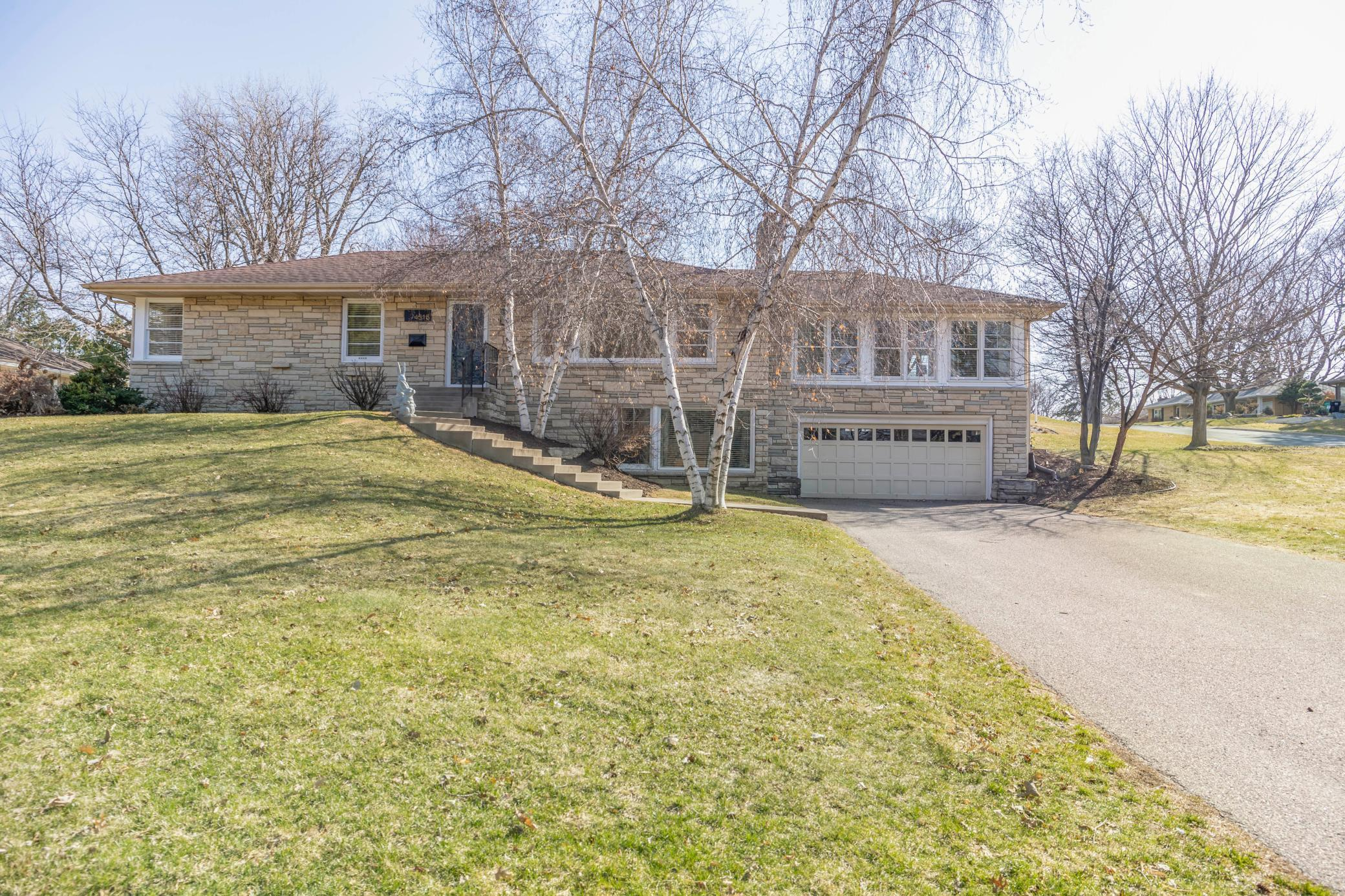 4515 Avondale Road Property Photo
