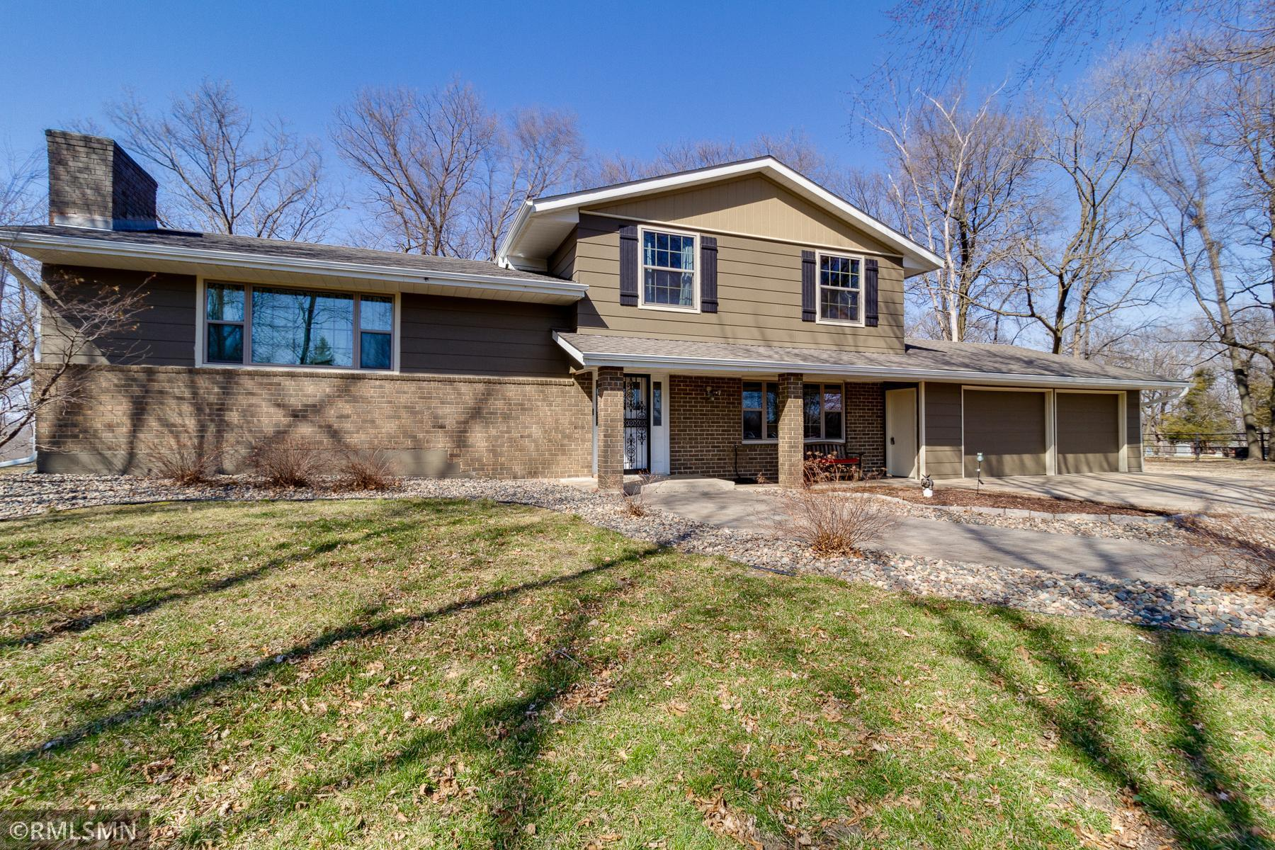 8359 Mccoll Drive Property Photo