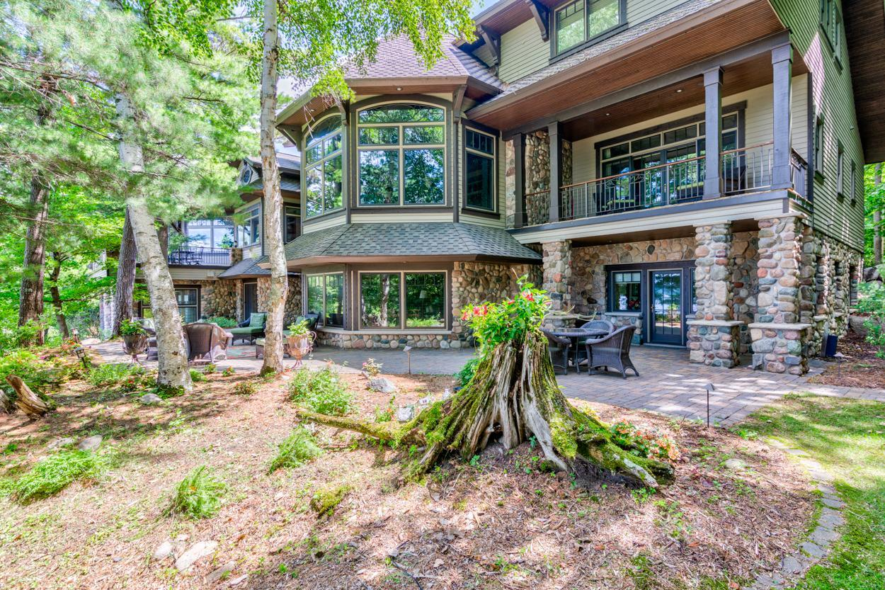 8478 Big Whitefish Narrows Property Photo