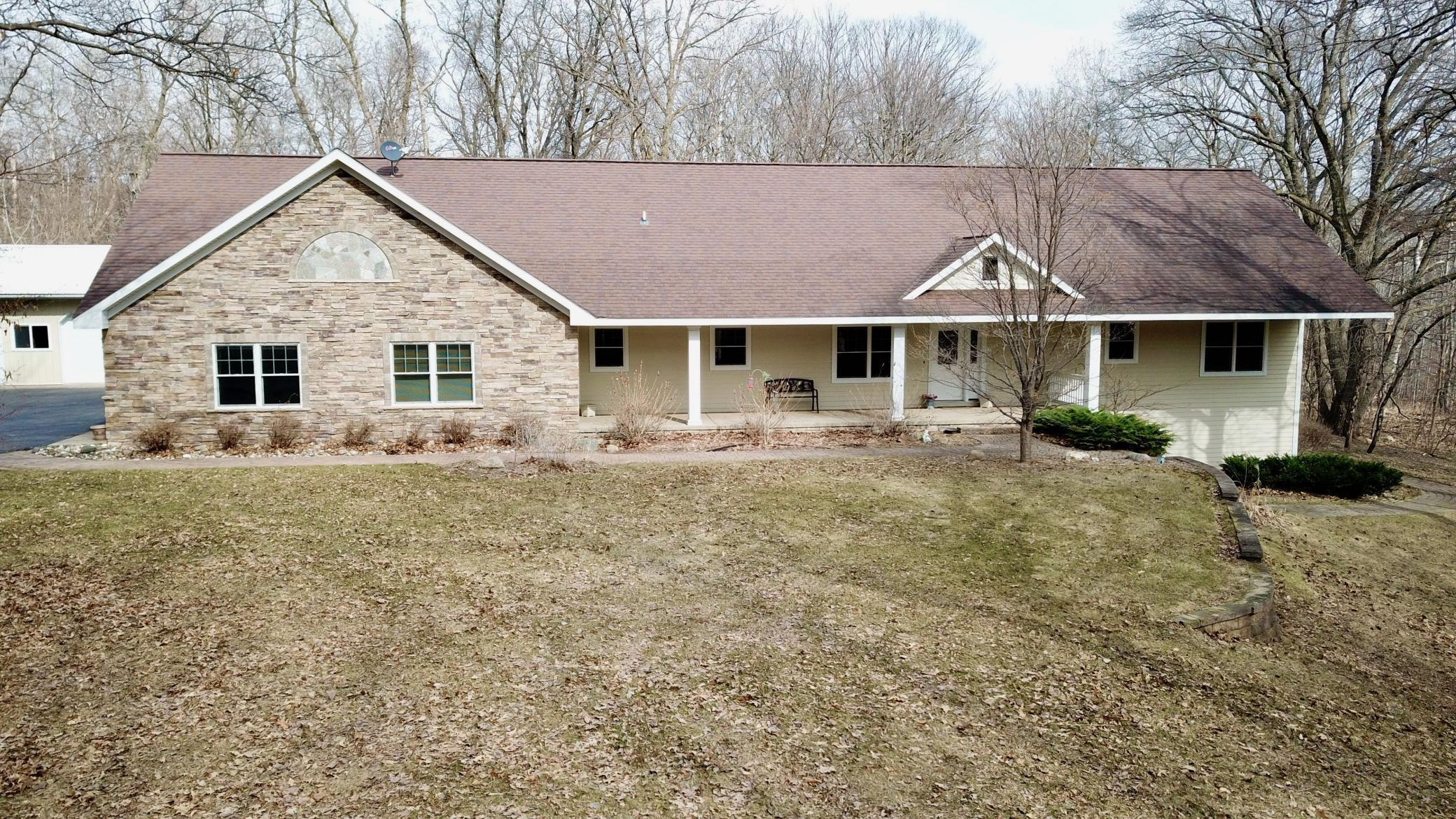 456 Hidden Oaks Drive Nw Property Photo