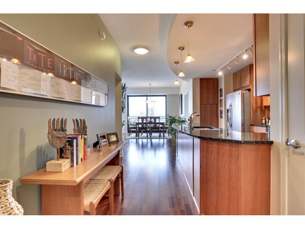 100 3rd Avenue S #1403 Property Photo