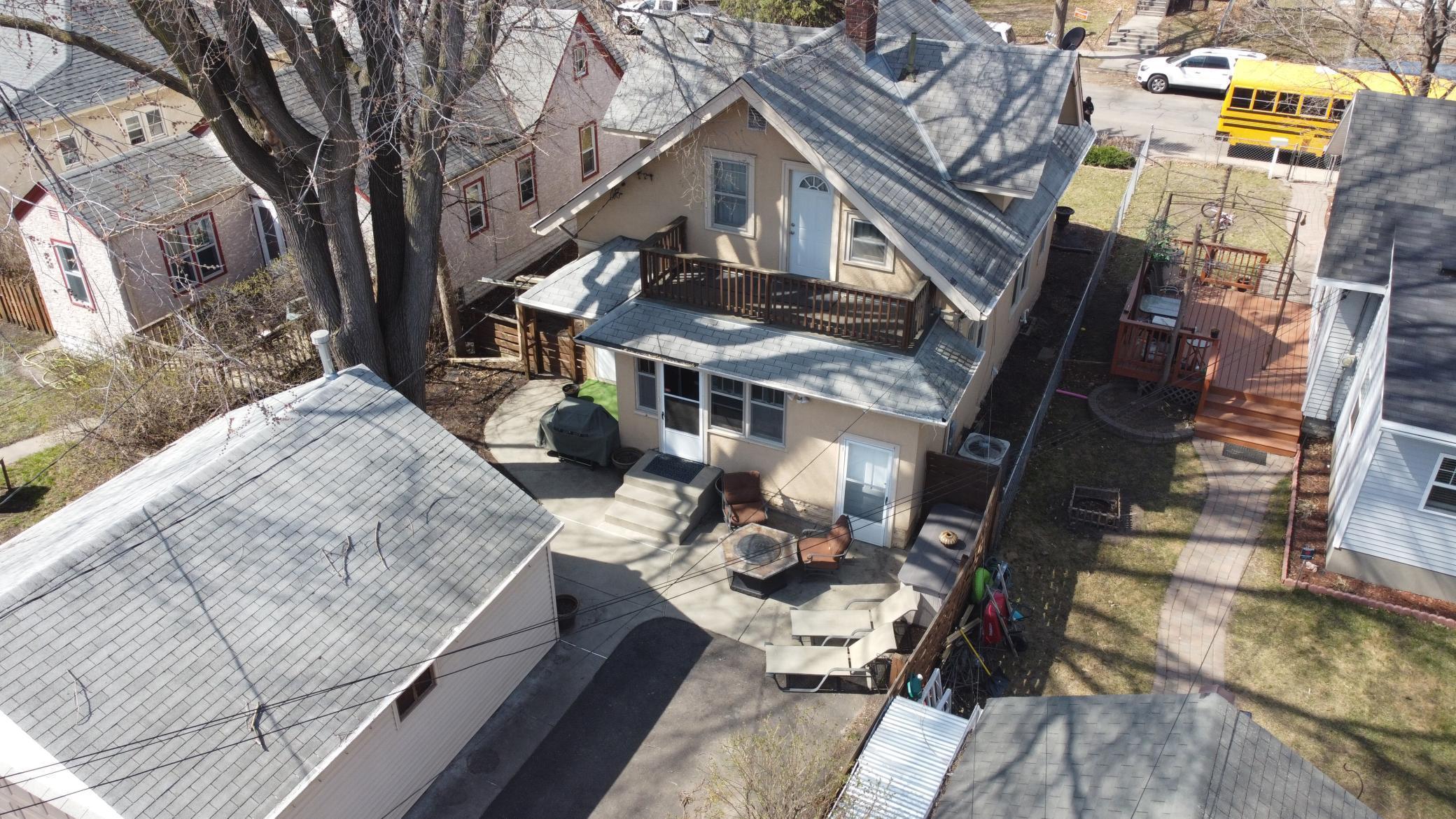 4622 Dupont Avenue N Property Photo