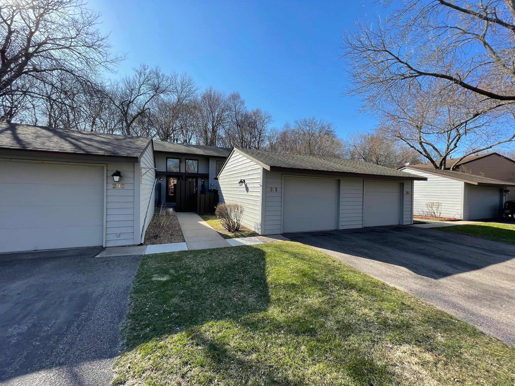 293 W Eagle Lake Drive Property Photo
