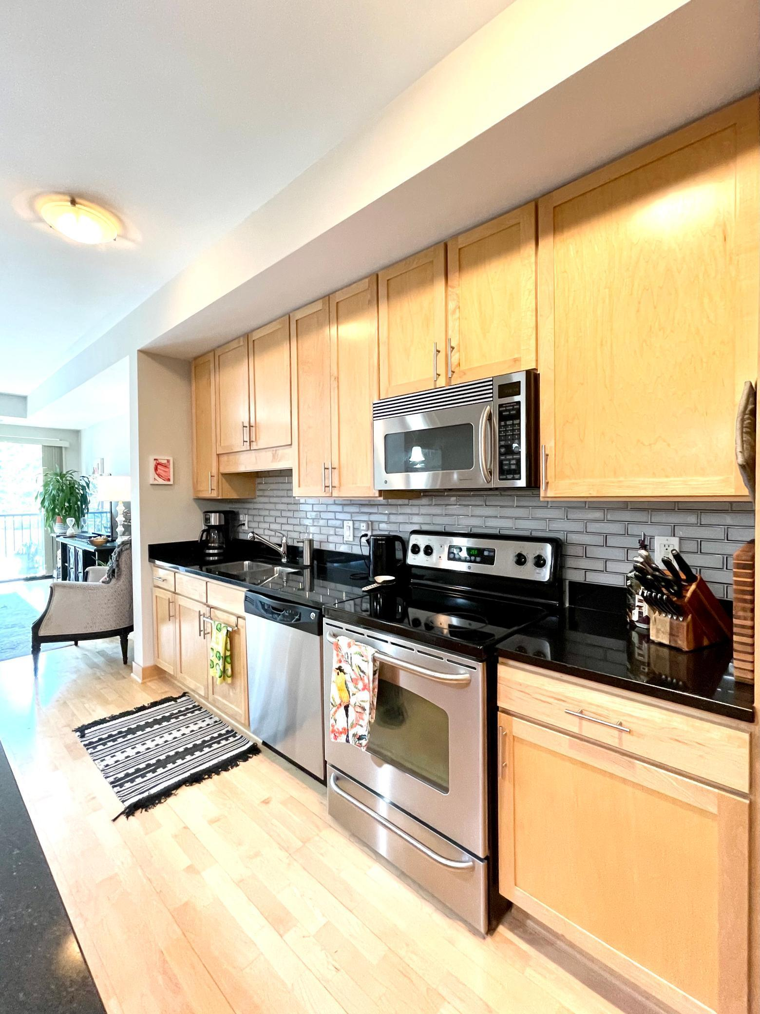 317 Groveland Avenue #204 Property Photo