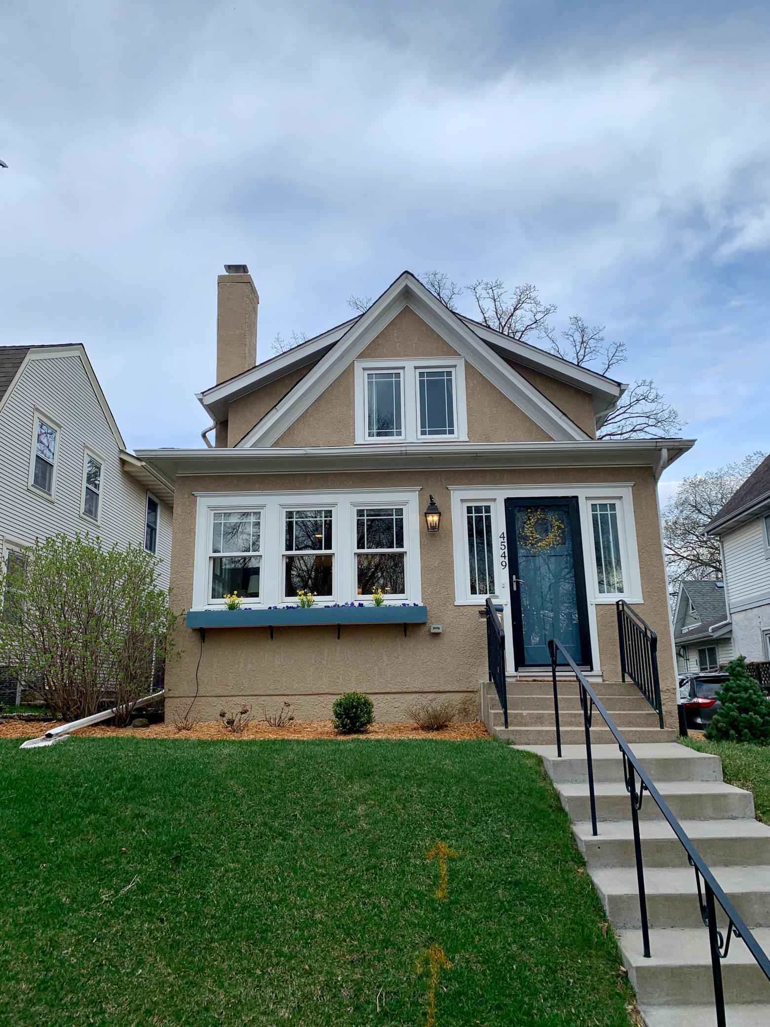 4549 Zenith Avenue S Property Photo
