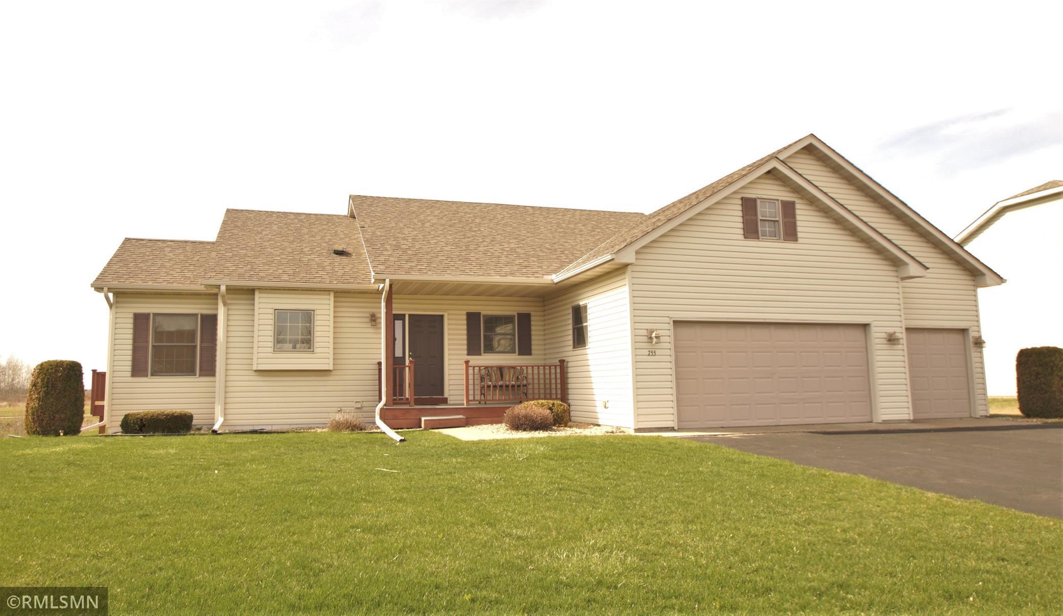 755 S Rush Creek Lane Property Photo
