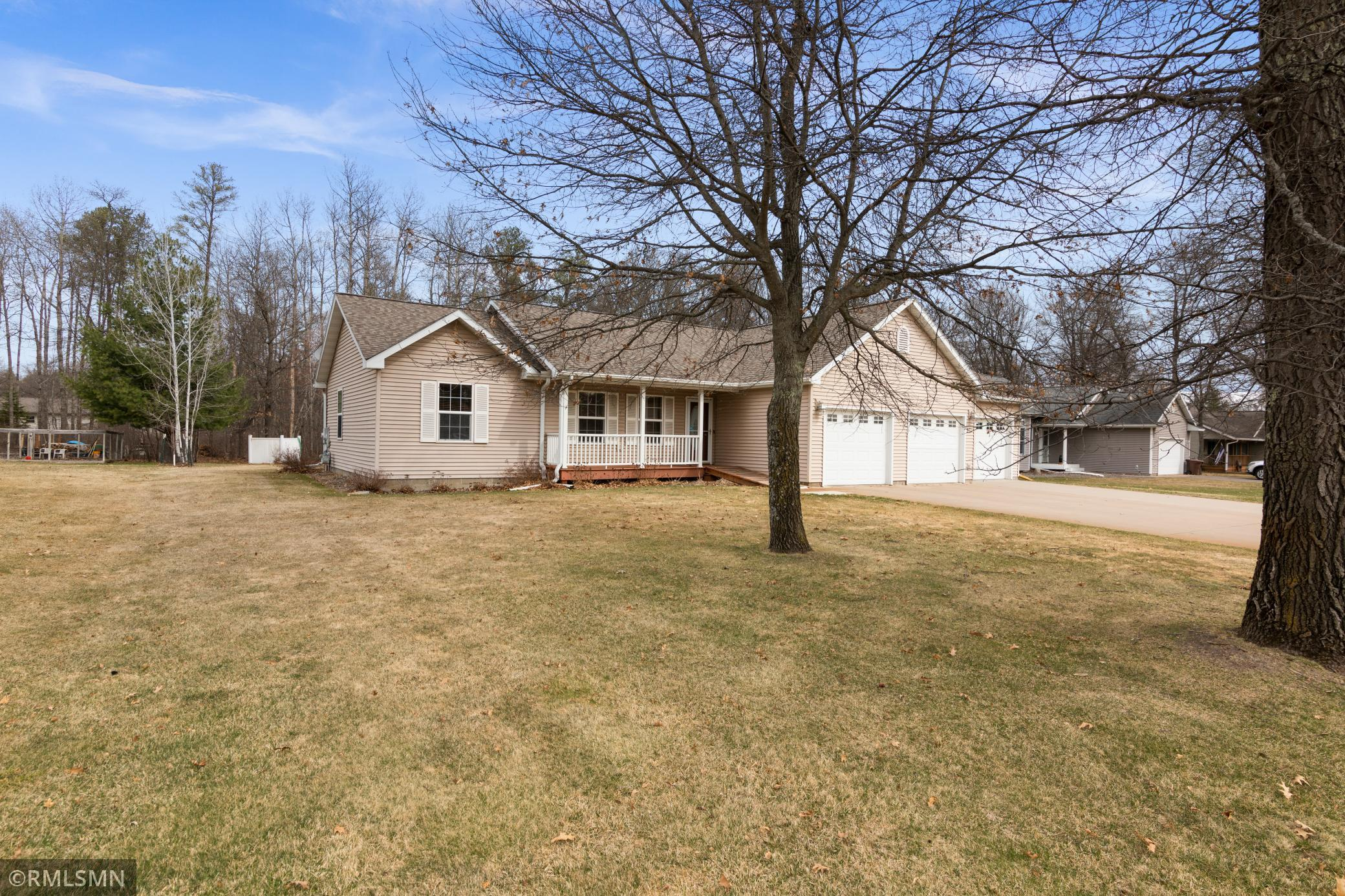 14423 Cottage Grove Drive Property Photo